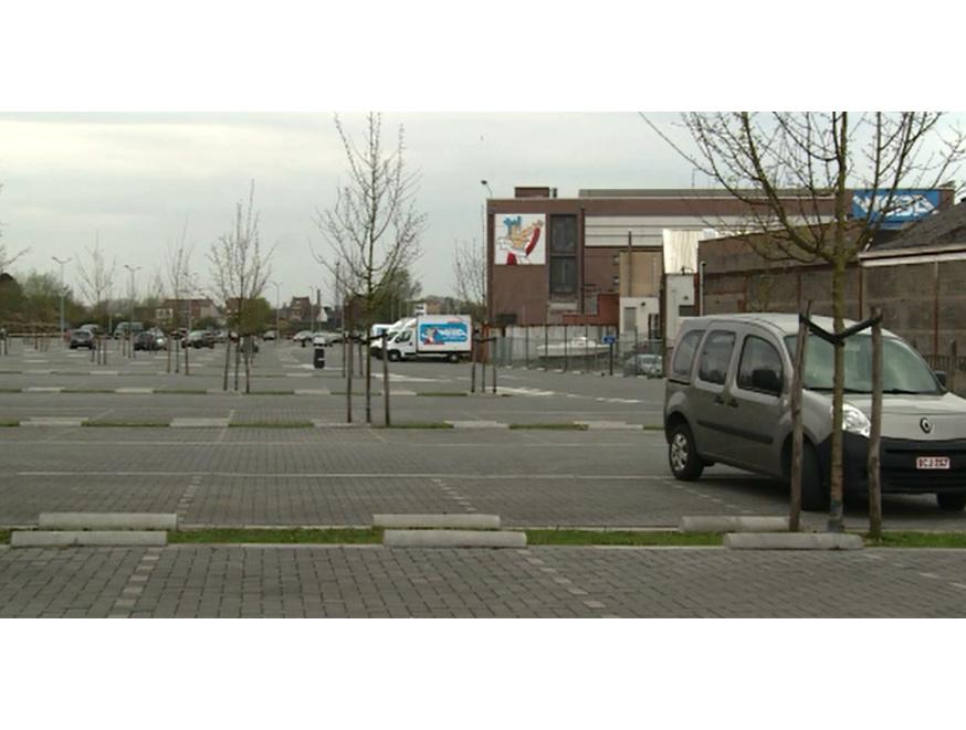 Reportage op AVS over Park & Ride Weba. 03/04/17.