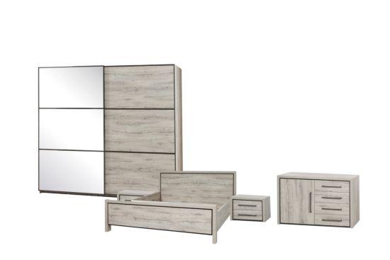 Slaapkamer met bed 160x200cm - kleerkast 200cm