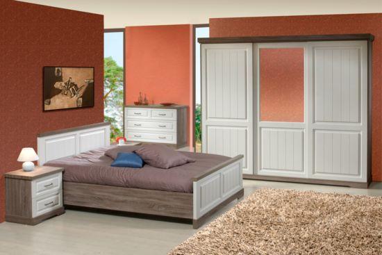 Slaapkamer met bed 140x200cm - kleerkast 260cm