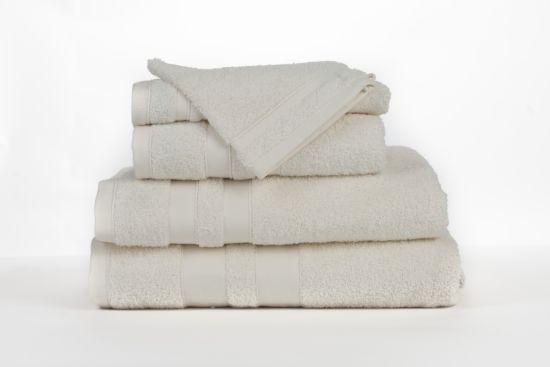 Handdoek Katharina  50x100cm beige