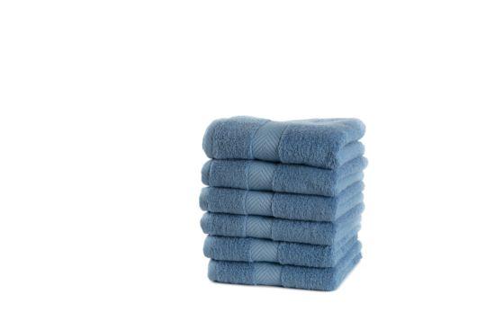 Handdoek Royal Touch 40x70cm egyptian blue