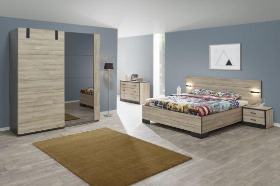 Slaapkamer met bed 160x200cm - kleerkast 188cm met bed 160X200cm - kleerkast 188cm