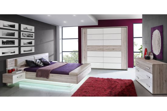 Slaapkamer met bed 180x200cm - kleerkast 231cm