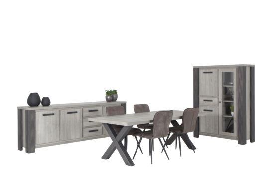 Eetkamer met 4 stoelen