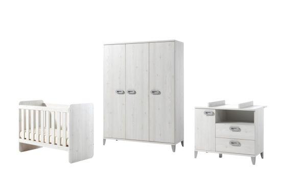 Babykamer Liv met 3-deurs kast